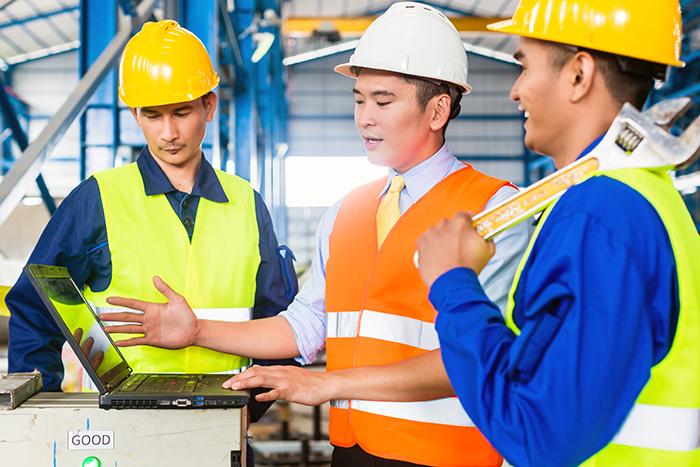 工場設備や製造装置の設置・立ち上げ作業への派遣通訳。
